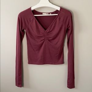 Aritzia Wilfred Free Ruched Long Sleeve Tee